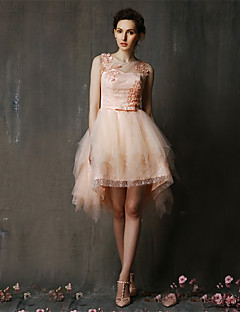 Asymmetrical Lace / Tulle Bridesmaid Dress A-line Jewel with Appliques / Beading