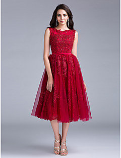 Cocktail Party Dress A-line Scoop Tea-length Lace with Buttons / Lace