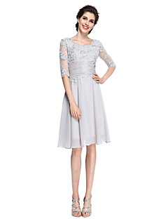 A-line Mother of the Bride Dress Knee-length Half Sleeve Chiffon / Lace with Appliques / Beading / Ruching