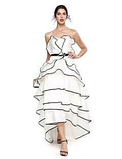 TS Couture® ערב רישמי שמלה - גב פתוח גזרת A מחשוף לב א-סימטרי טפטה עם חרוזים / סרט / פרנזים