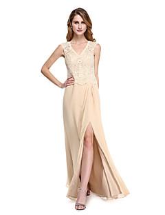 Lanting Bride® מעטפת \ עמוד שמלה לאם הכלה  - פורקל עד הריצפה ללא שרוולים שיפון / תחרה  -  כפתורים / שסע קדמי