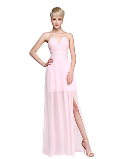 2017 Lanting Bride® Floor-length Chiffon Furcal Bridesmaid Dress - Sheath / Column Notched with Beading Side Draping Split Front