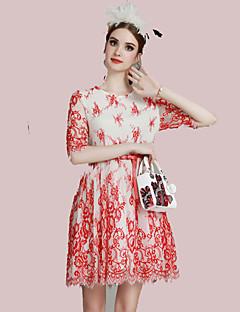Damen Spitze Kleid-Lässig/Alltäglich Niedlich Blumen Patchwork Rundhalsausschnitt Übers Knie ½ Länge Ärmel Rot Polyester Frühling Sommer