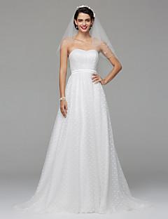 Lanting Bride® Trapèze Robe de Mariage  Tout Simplement Superbe Longueur Sol Coeur Dentelle Tulle avec Drapée Dentelle Ceinture / Ruban