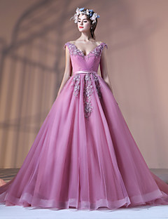 Formal Evening Dress Ball Gown V-neck Court Train Lace Tulle Polyester withAppliques Beading Flower(s) Lace Pearl Detailing Sash / Ribbon