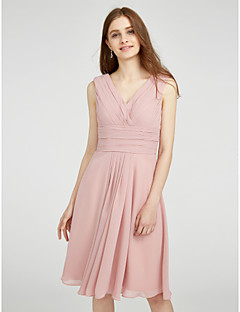 Lanting Bride® Knee-length Chiffon Bridesmaid Dress - A-line V-neck Plus Size / Petite with Side Draping / Criss Cross / Ruching