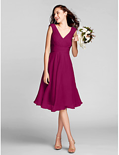 Bridesmaid Dress Lanting Bride® Knee-length Chiffon - A-line V-neck Plus Size / Petite with Draping / Criss Cross / Ruching