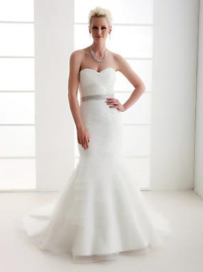 Lanting Bride® בתולת ים \ חצוצרה קטן / מידה גדולה שמלת כלה - קלסי ונצחי בהשפעת וינטאג' שובל קורט מחשוף לב אורגנזה / סאטן עם