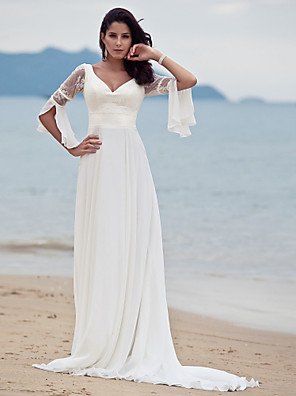 Lanting Bride® A-line Petite / Plus Sizes Wedding Dress - Classic & Timeless / Chic & Modern Court Train V-neck Chiffon with Lace
