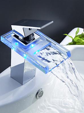 Sprinkle® fürdőszobai csapok  ,  Kortárs  with  Króm Kilincs Egy furat  ,  Funkció  for LED / Vízesés / Központi elhelyezésű