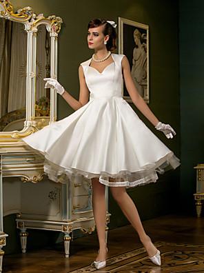 몸집이 작은 A 라인 신부 lanting / 플러스 웨딩 드레스 무릎 길이의 퀸 앤 새틴 / 얇은 명주 그물 크기