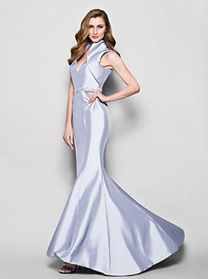 Trumpet / Mermaid Plus Size / Petite Mother of the Bride Dress Sweep / Brush Train Sleeveless Taffeta with Beading / Sash / Ribbon