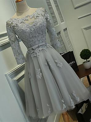 מסיבת קוקטייל שמלה נשף מחשוף עמוק באורך  הברך תחרה / טול עם תחרה / סרט