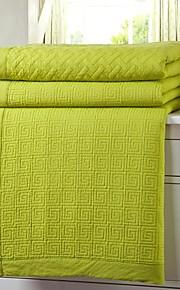 hyvin suunniteltu monivärinen palautuva mukava ja muoti kesällä peitto