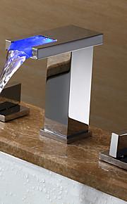 Contemporáneo / Arte Decorativa/Retro / Modern Muy Difundido LED / amplia de spray with  Válvula Cerámica Dos asas de tres agujeros for