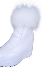 Women's Boots Spring / Fall / Winter Platform Leather Dress / Casual Platform Pom-pom Black / White Others