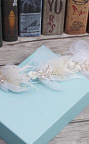 Women's Feather / Rhinestone / Fabric Headpiece-Wedding / Special Occasion / Casual Wreaths 1 Piece