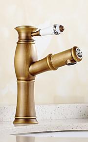 Antikk / Rustikk / Art Deco/Retro Centersat Wide spary / Træk-udsprøjte / Forskyll with  Keramisk Ventil Enkelt håndtak To Huller for